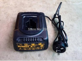 Used Genuine DeWALT DE9116 (240V) Battery Charger